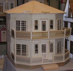 Octagon Dollhouse