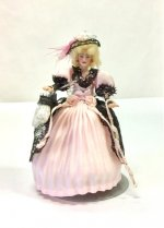 Half Inch Scale Lady in Pink
