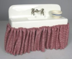 Old Fashioned country Style Sink with Skirt