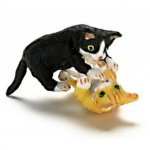 "1/2"" Scale Playing Kittens, Black with White & Yellow Tiger"