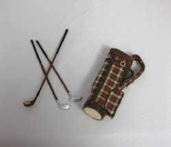 Plaid Golf Bag with 3 Clubs