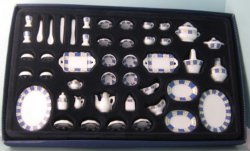 50 Piece Dinner Set, Blue and White Pattern