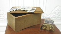 Stereoscope in Box by Dean Jenson