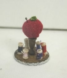 Pincushion Thread Holder, Red